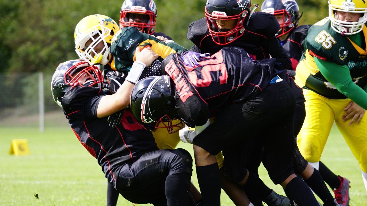 """Die jüngsten Tackle-Footballer der Panther siegen """"zu Null"""" im rheinischen Derby"""